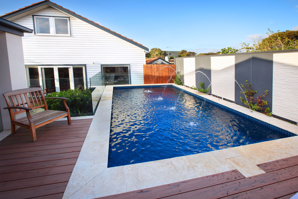 Kiama pools and landscapes melbourne custom pool builder naples for Small swimming pools melbourne