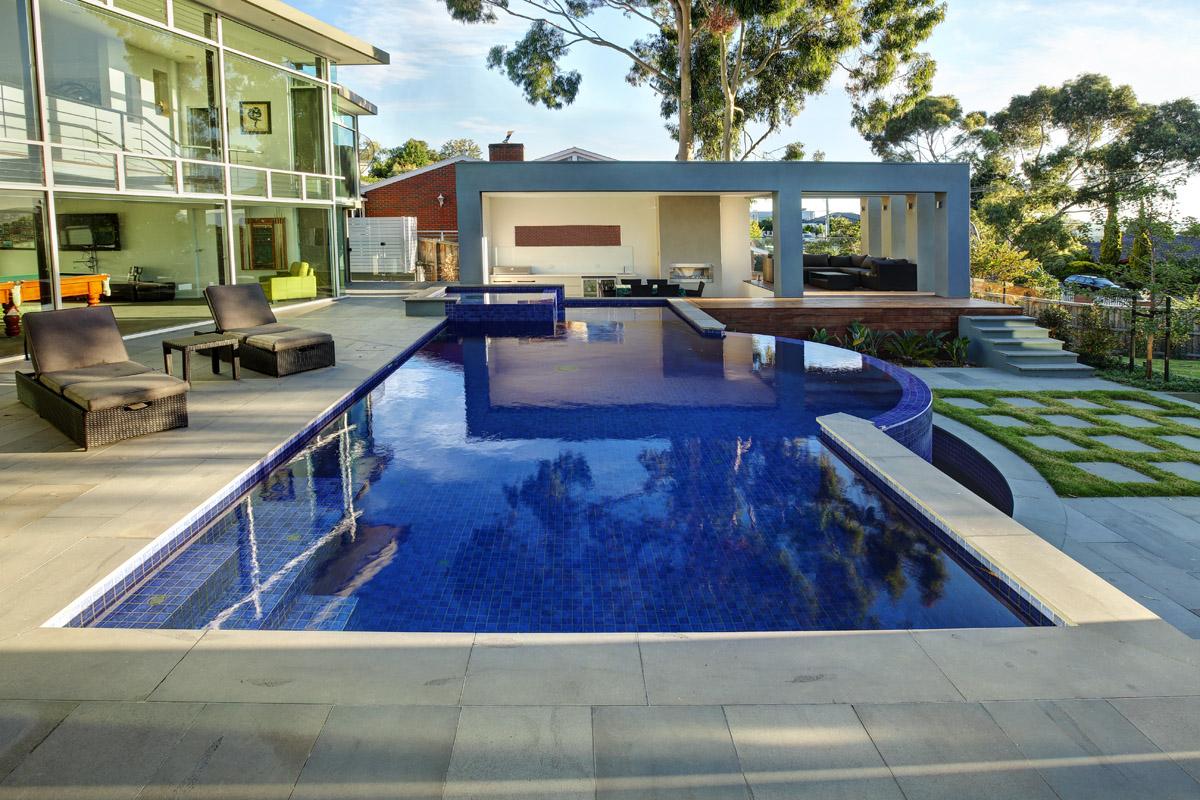 Melbourne Geelong Pool Custom Swimming Pool Builder